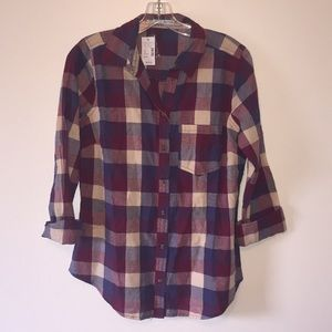 Maurice's plaid button up NWT